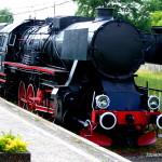 Stoi na stacji lokomotywa, ciężka, ogromna… – w Muzeum Kolejnictwa