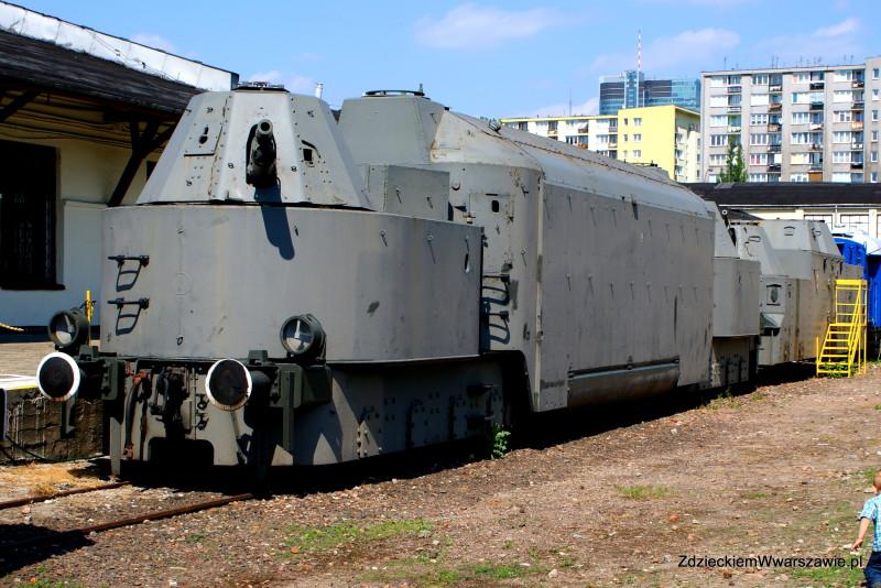 Pociąg pancerny w Muzeum Kolejnictwa w Warszawie na Towarowej 1