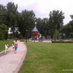 Park Kępa Potocka - większy plac zabaw, zjeżdżalnia
