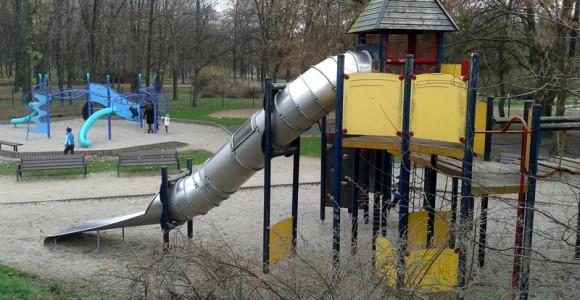 konstrukcja - Plac zabaw w Parku Marszałka Edwarda Śmigłego- Rydza