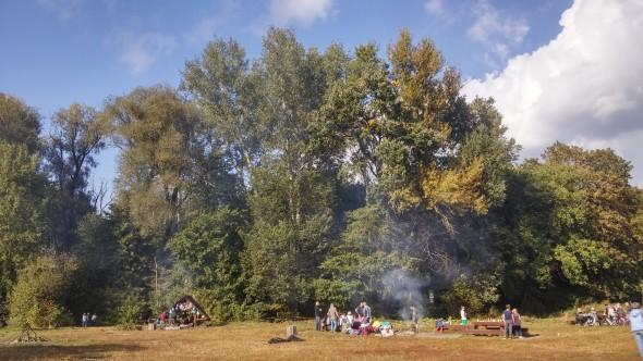 Polana w Parku Młocińskim przy Papirusów – czyli zmiana o 180 stopni