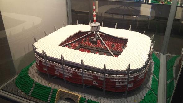 Stadion Narodowy z klocków Lego