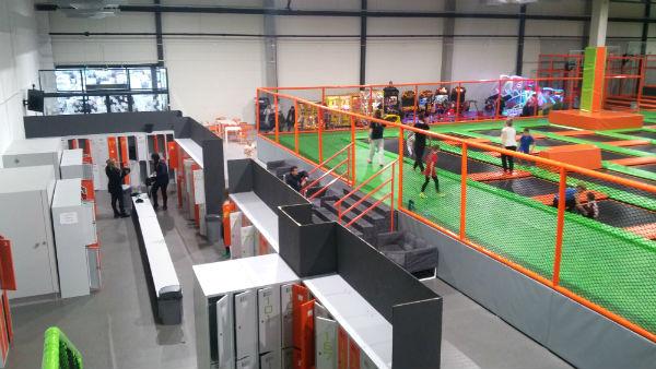Szatnia - Jump Arena, park trampolin - Marywilska 44