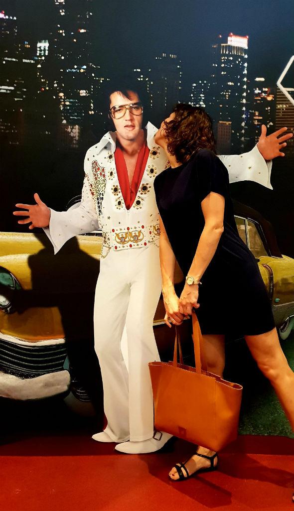 ja i Elvis Iluzja Selfie Elvis w PKIN