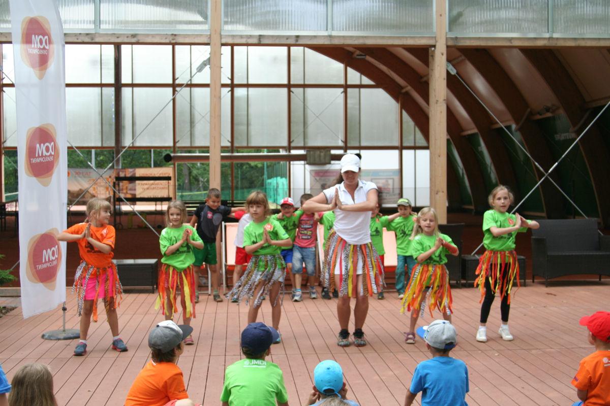 Półkolonie w Sporteum zajęcia taneczne Dance Week