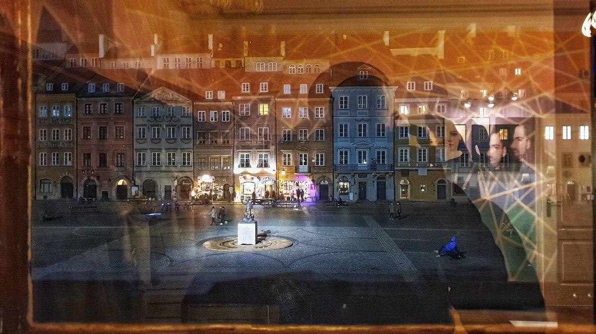 widok z okna muzeum świat iluzji